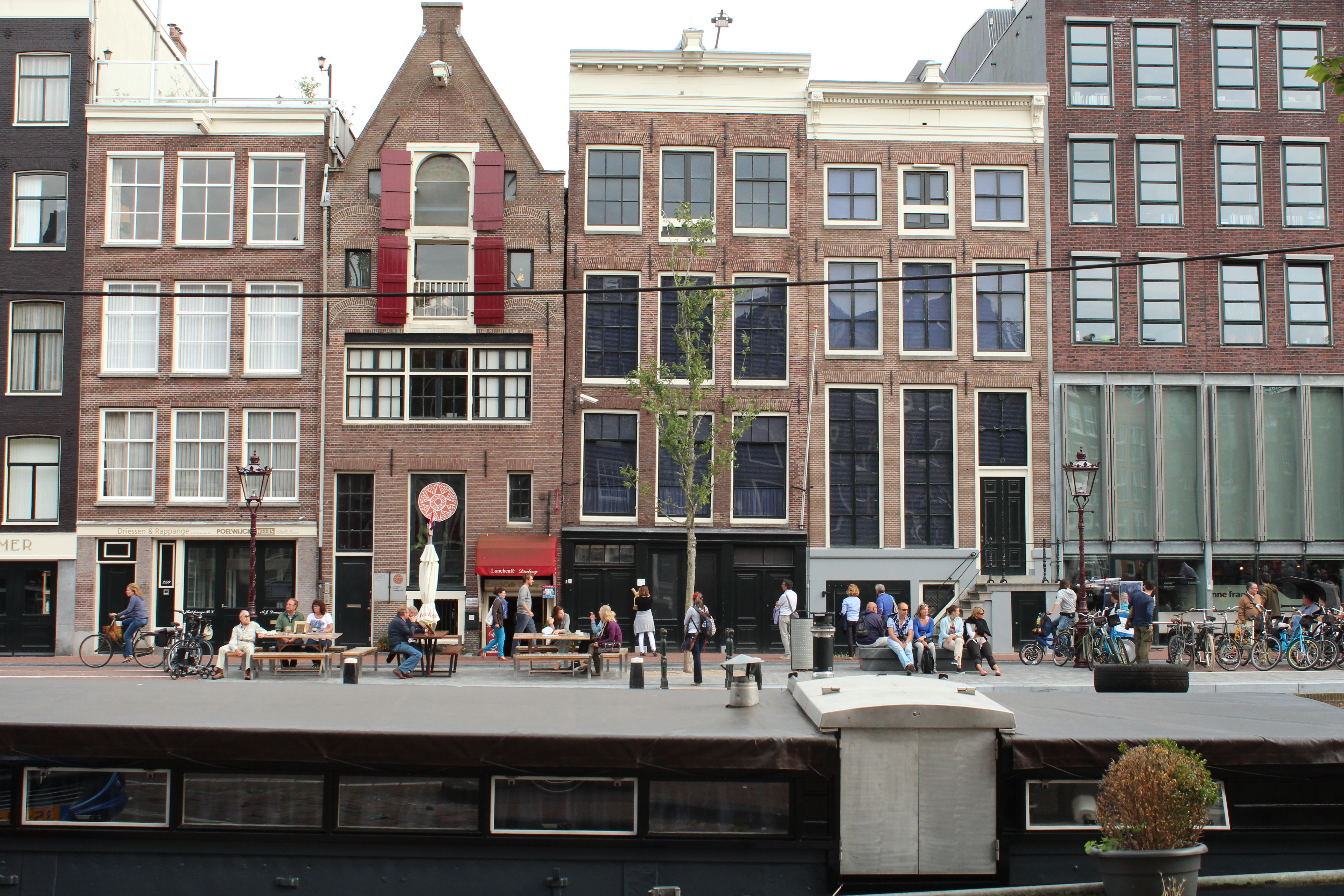Anne frank 39 s house in amsterdam and the power of void - Casa anna frank ...